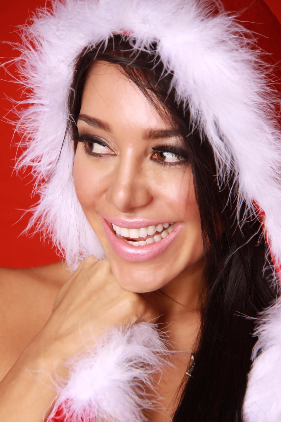 Andrea Calle, Karttos studio, bikini, christmas