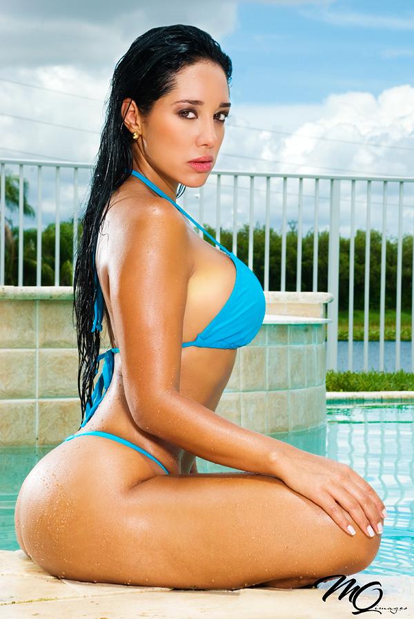 Andrea Calle, MQ Images, bikini2